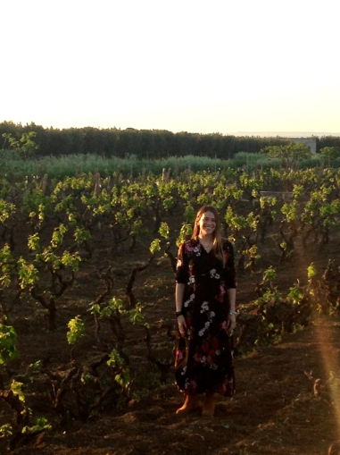 Marzia Varvaglione in the vineyards